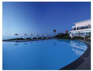 Beverley Hills Hotel Pool