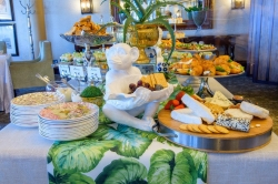 Beverly Hills Hotel - Beverly Hills serves up a bespoke afternoon tea experience